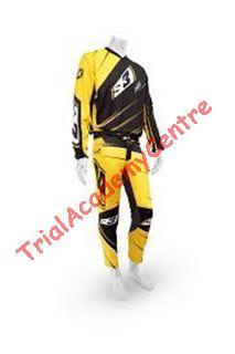 Immagine di Completo S3 smart giallo e nero